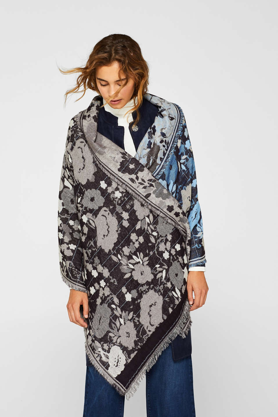 Oversized scarf with floral intarsia, GREY, detail image number 1