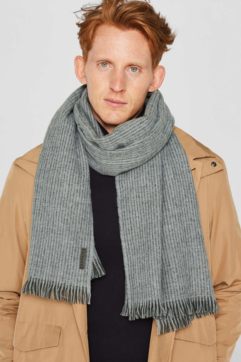 Scarf with textured stripes, MEDIUM GREY, detail image number 1