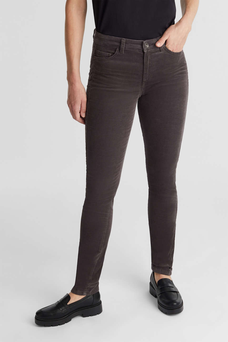Esprit - Pantalon stretch en velours côtelé