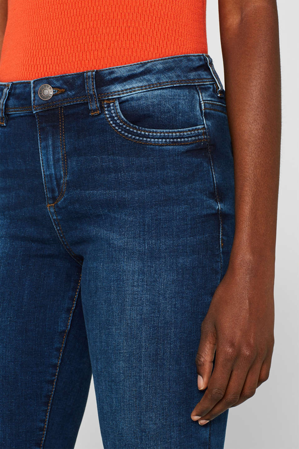 Stretch jeans containing organic cotton, BLUE MEDIUM WASH, detail image number 2