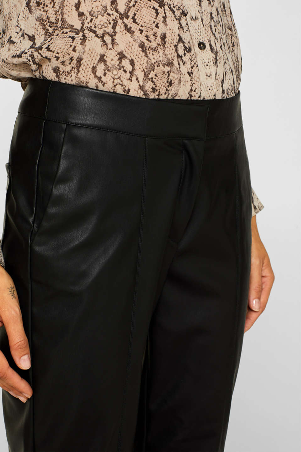 Stretch faux leather trousers, BLACK, detail image number 2