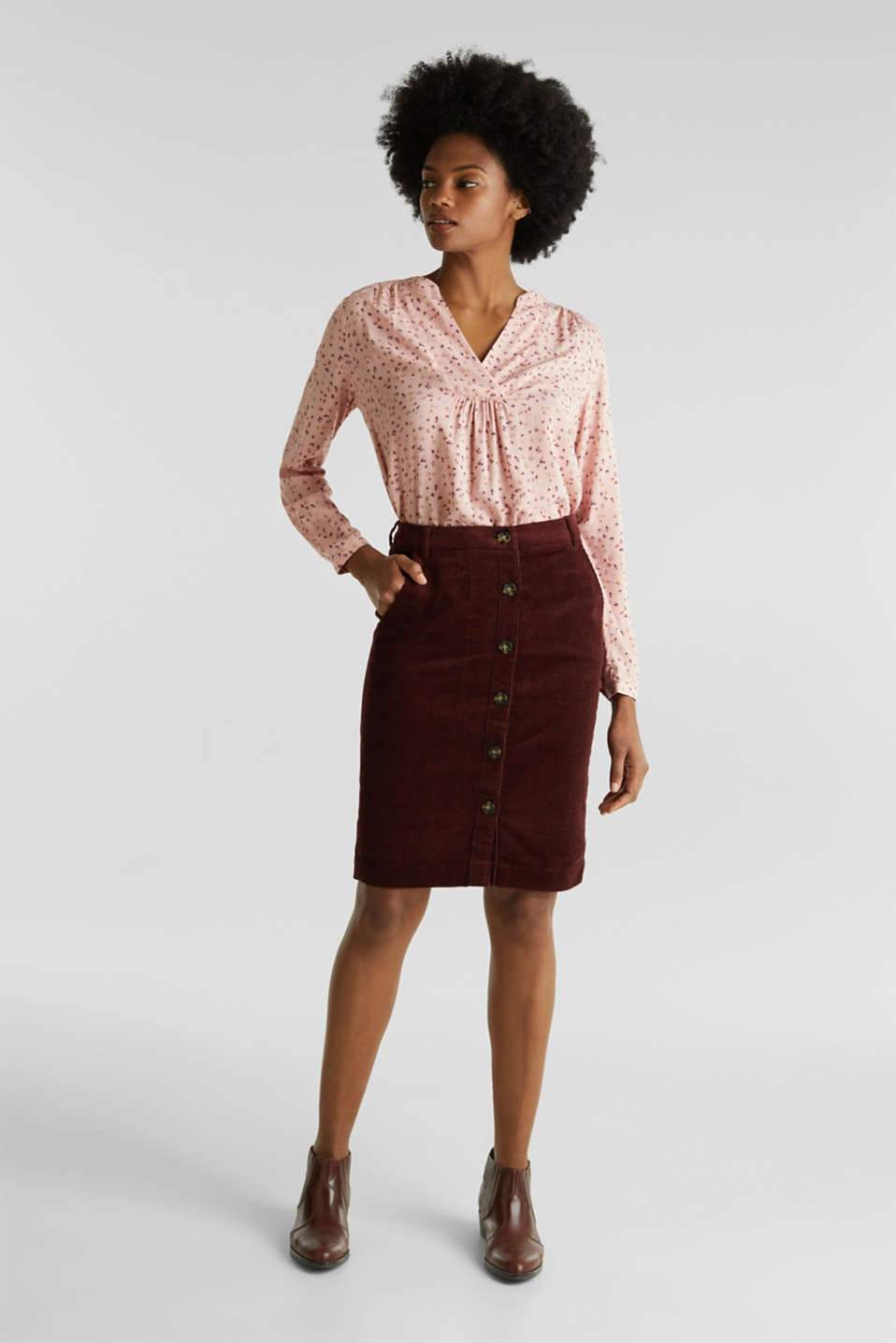 Stretch corduroy skirt with a button placket, BORDEAUX RED, detail image number 1