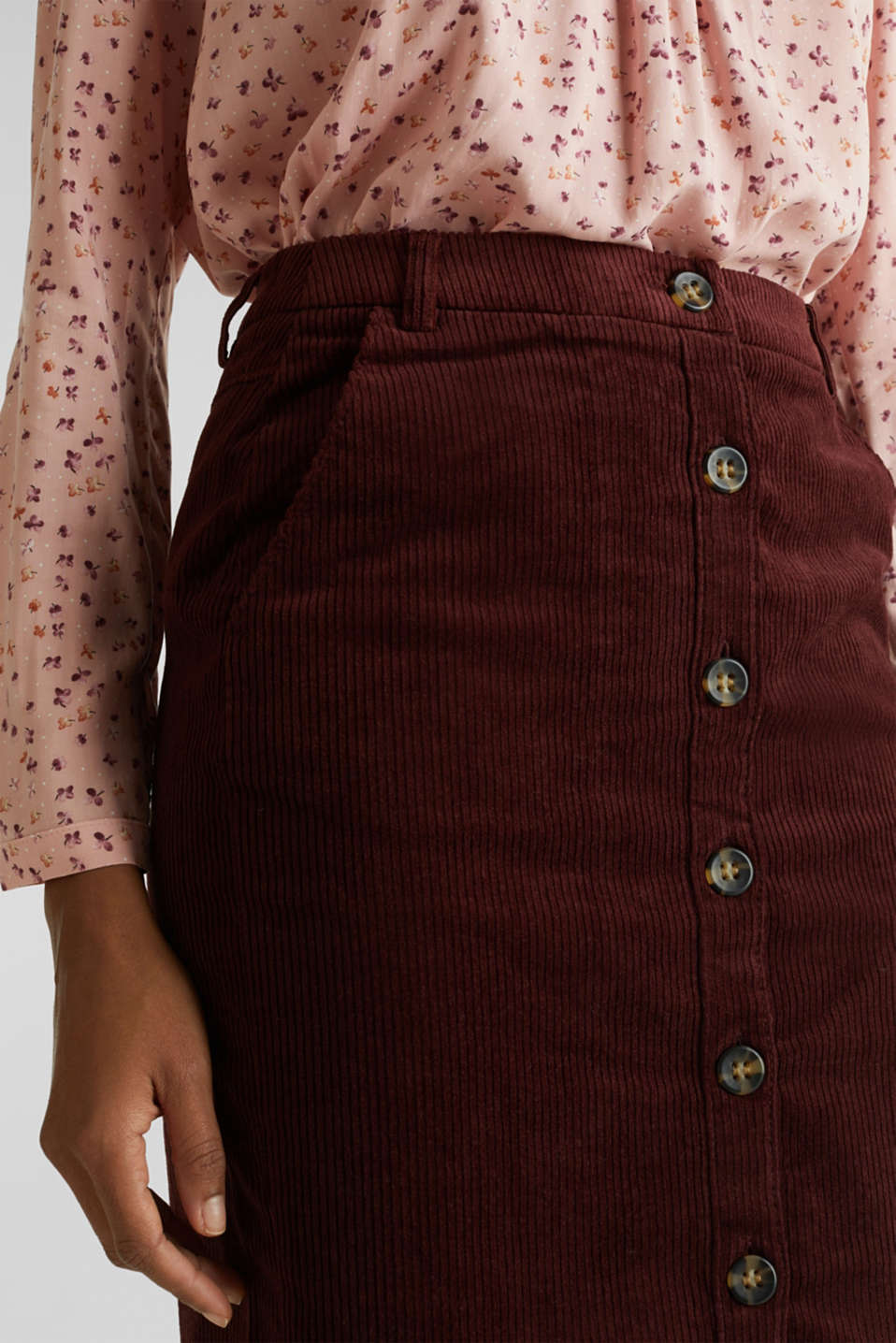 Stretch corduroy skirt with a button placket, BORDEAUX RED, detail image number 2