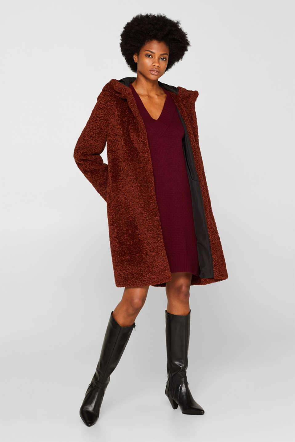 With wool: dress in textured knit, GARNET RED, detail image number 1