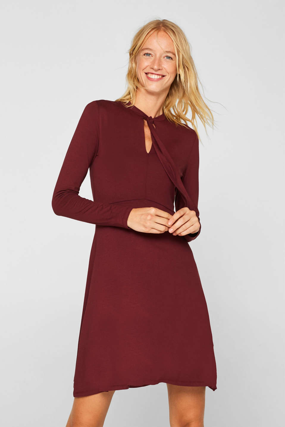Esprit - Stretch jersey dress with a pussycat bow