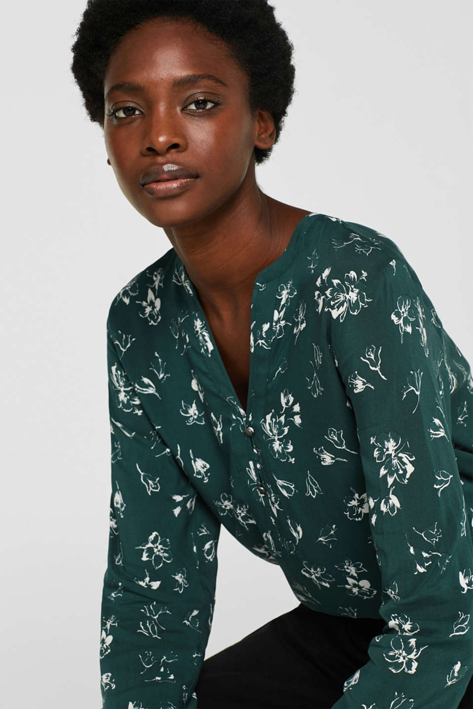 Print blouse with a Henley neckline, BOTTLE GREEN 2, detail image number 6