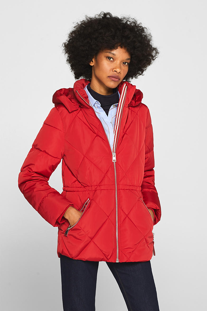 Quilted jacket with an adjustable hood