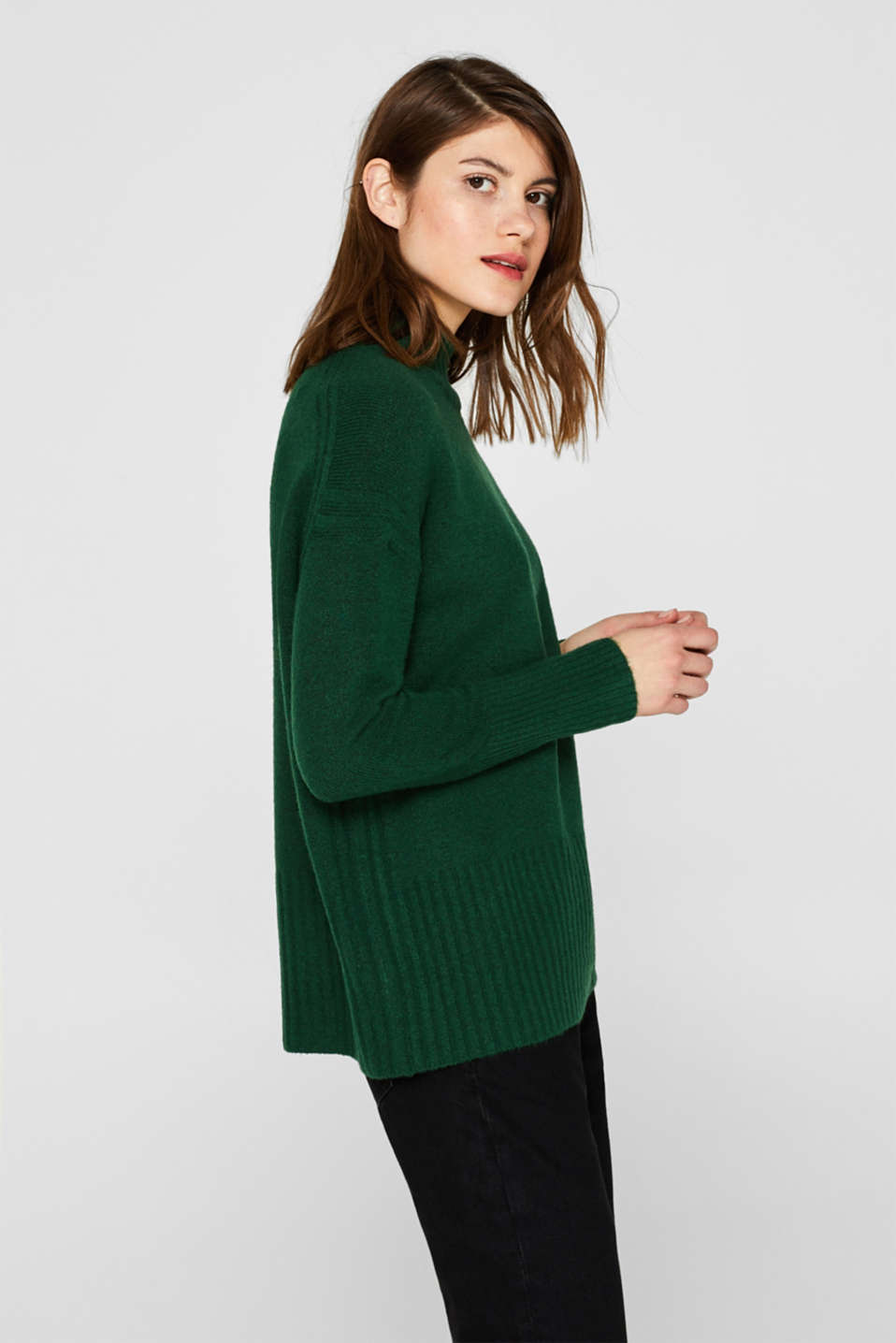 With wool: jumper with ribbed details, BOTTLE GREEN 5, detail image number 5