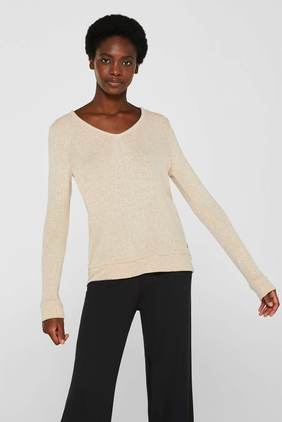 Esprit - Sensationally soft, stretch long sleeve top