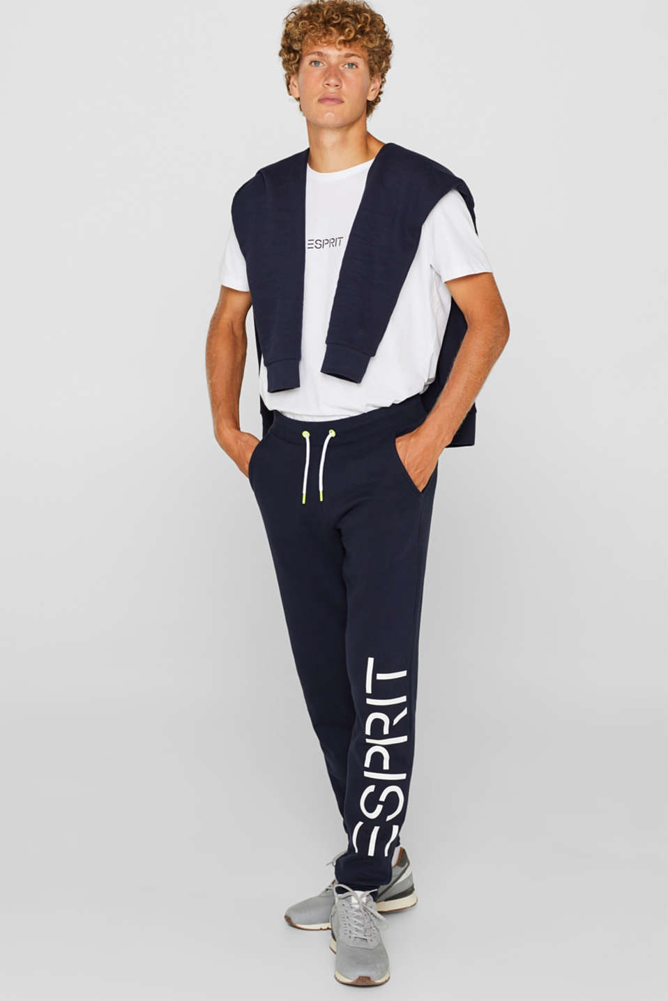 Tracksuit bottoms with a logo print, 100% cotton, NAVY, detail image number 2