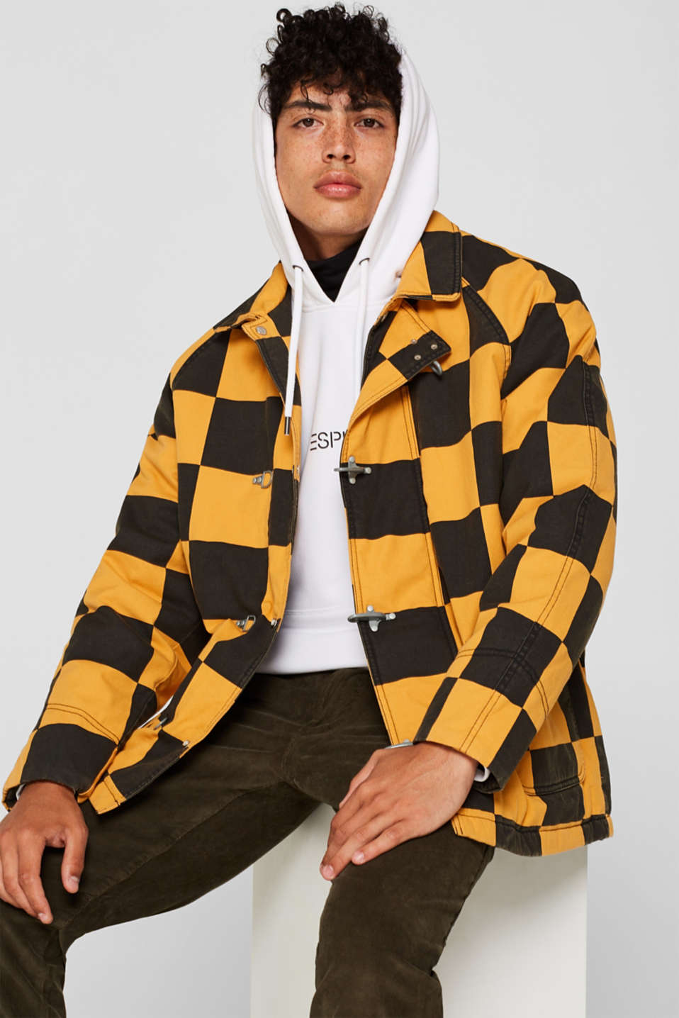 Padded jacket with a checkerboard pattern, BLACK, detail image number 0