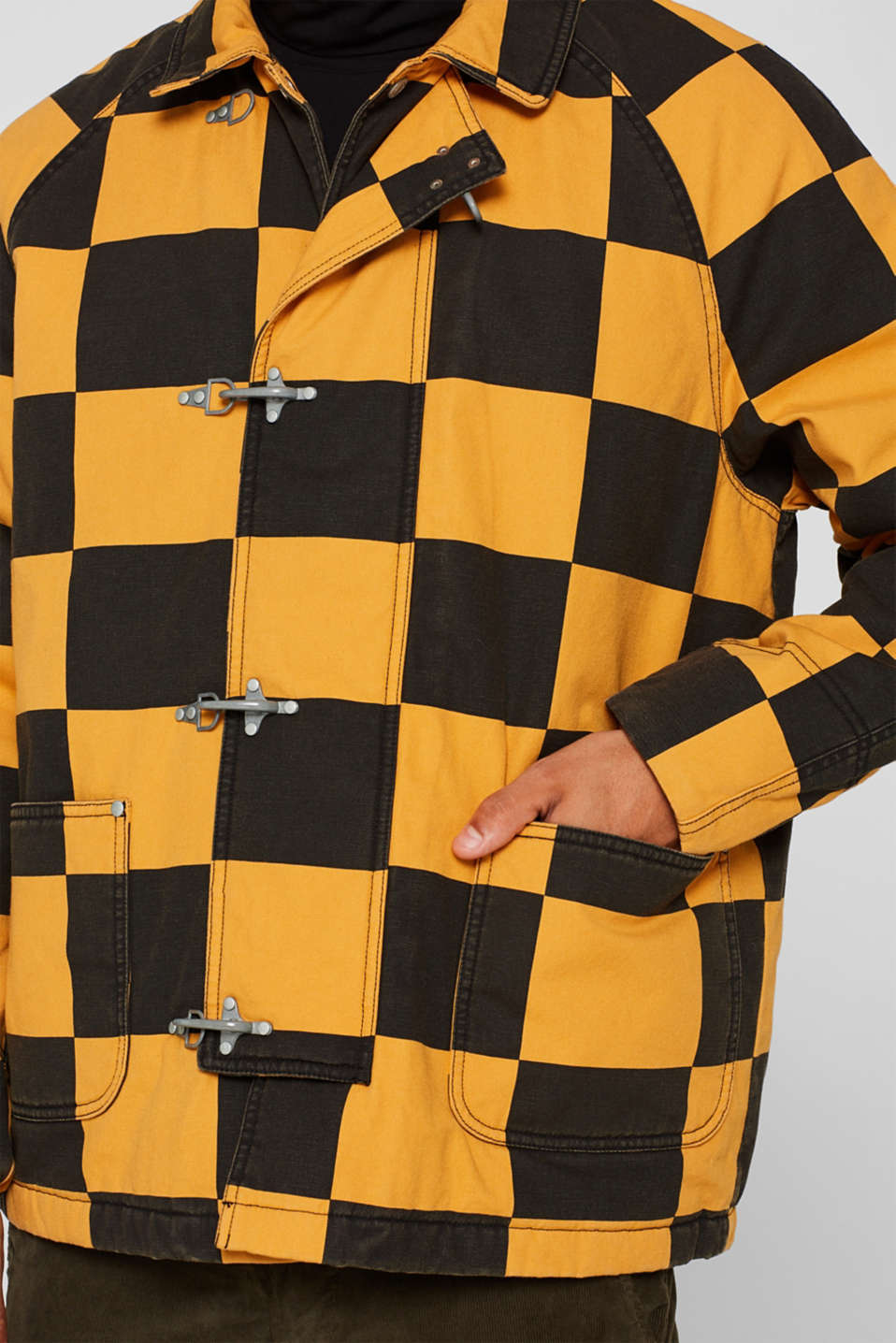 Padded jacket with a checkerboard pattern, BLACK, detail image number 2