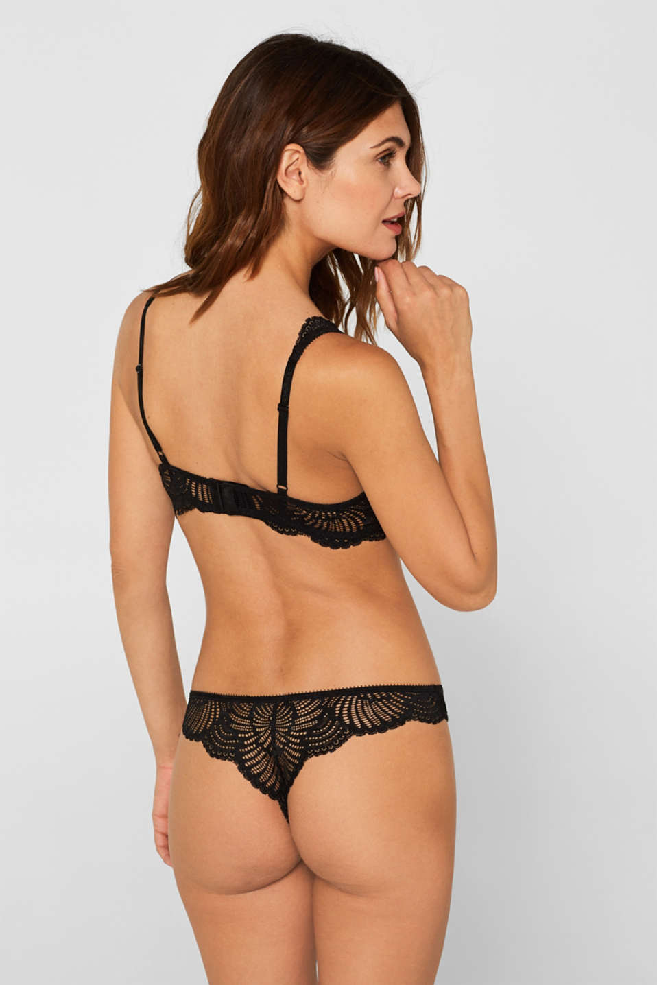 Padded underwire bra made of decorative lace, BLACK, detail image number 1