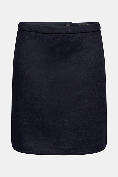 With wool: Skirt made of worsted yarn