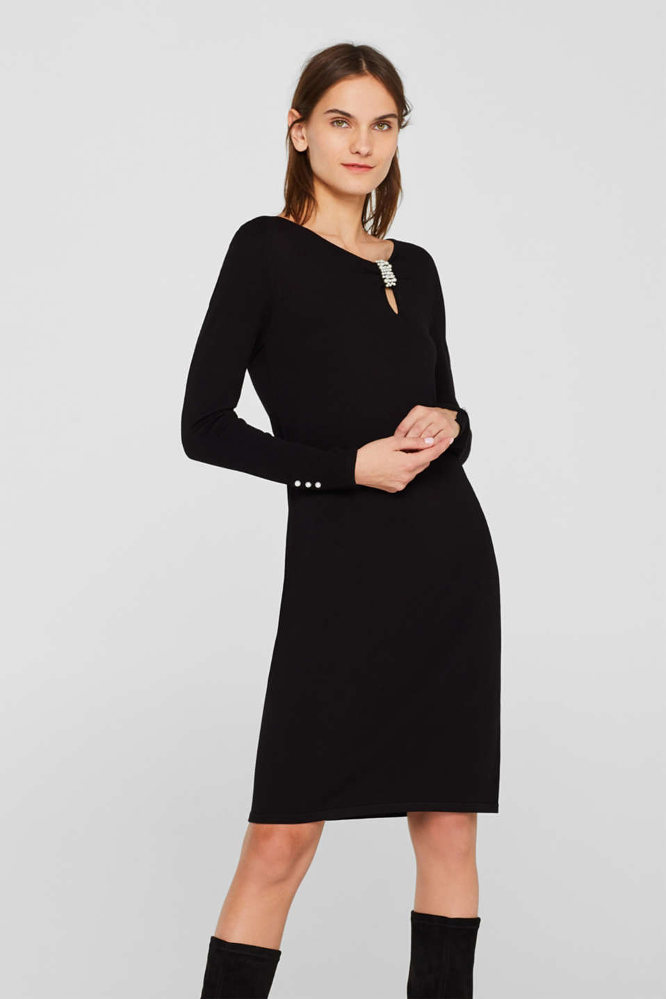 Esprit - Knitted sheath dress with bead details