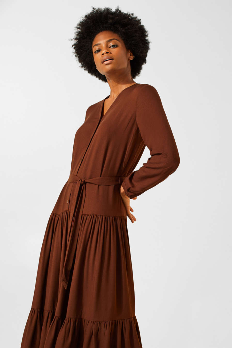 Esprit - Midi dress with tiered skirt