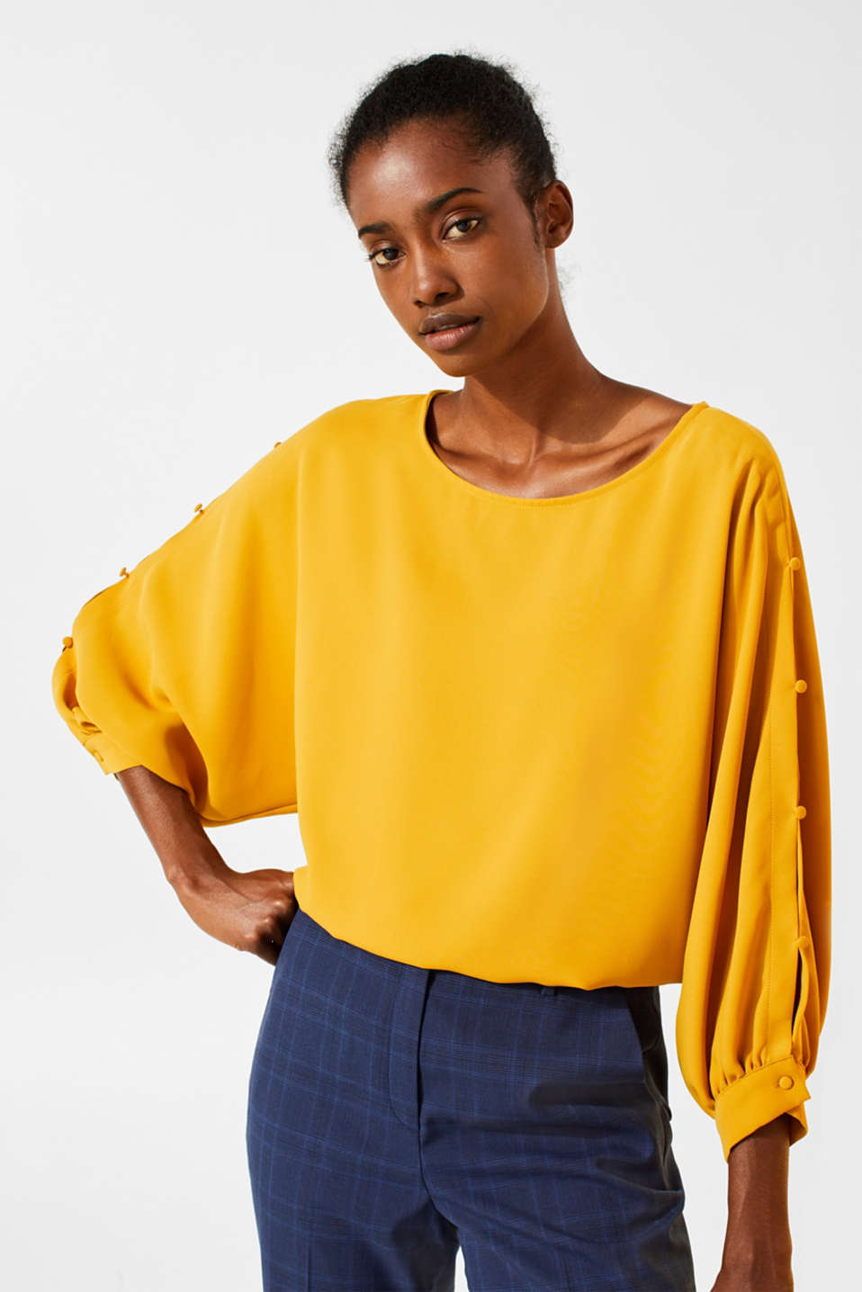 Button detail blouse, AMBER YELLOW, detail image number 0