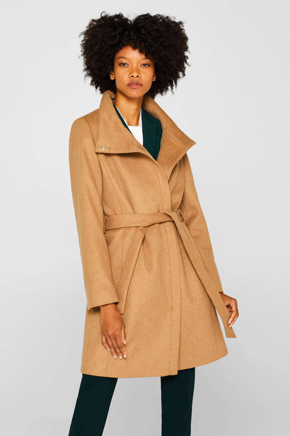 With wool: Coat with tie-around belt, CAMEL, detail image number 0