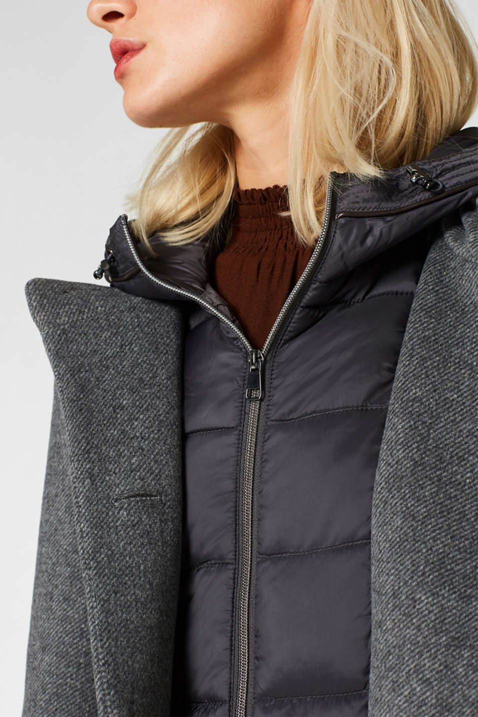 With wool: coat with a hood and quilted details, GUNMETAL 5, detail image number 2