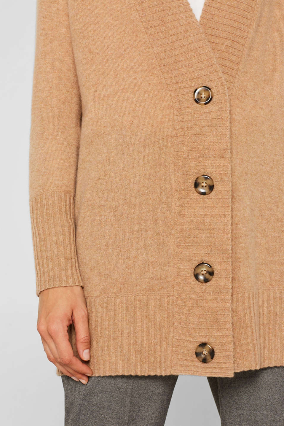 100% cashmere: long cardigan, CAMEL 5, detail image number 2