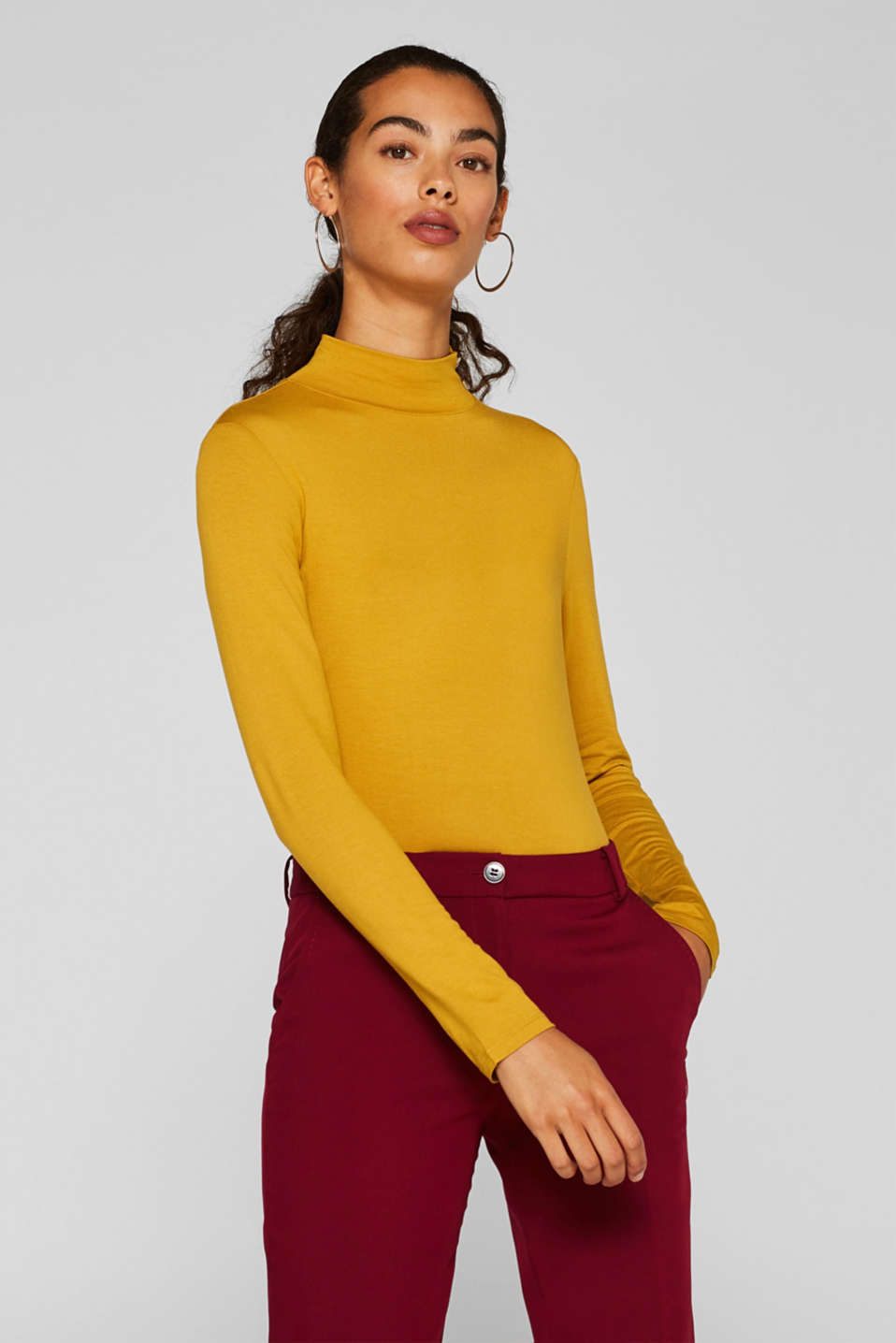 Esprit - Stretch top with band collar