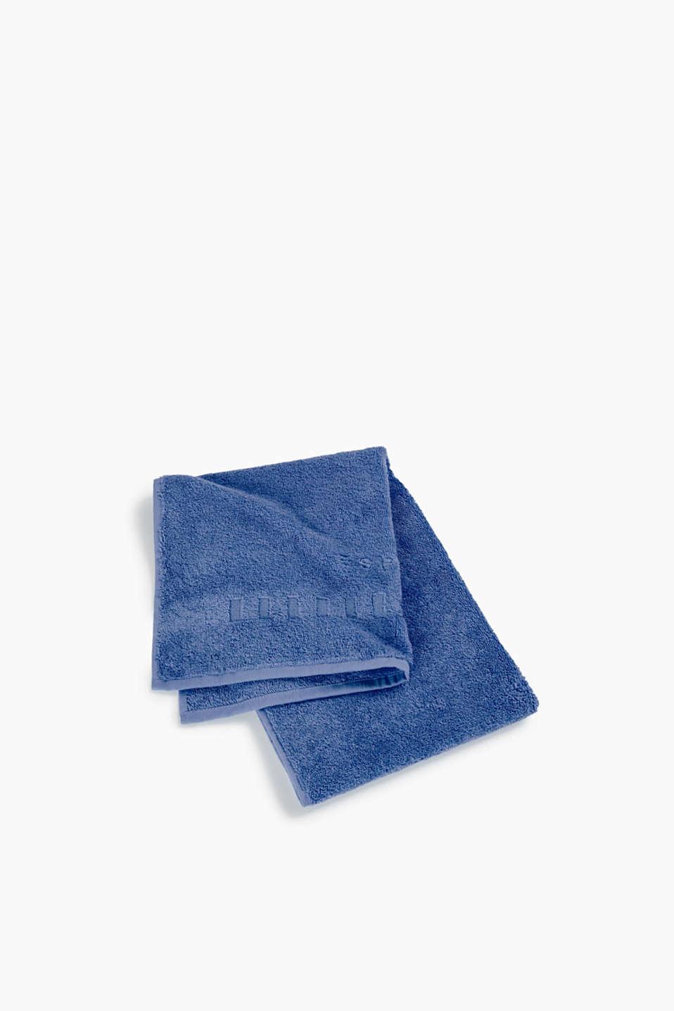 02975b7737 Esprit : Serviette de toilette en éponge 100 % coton à acheter sur ...