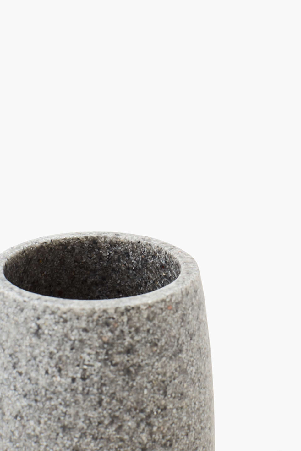 Simple toothbrush tumbler, ceramic look