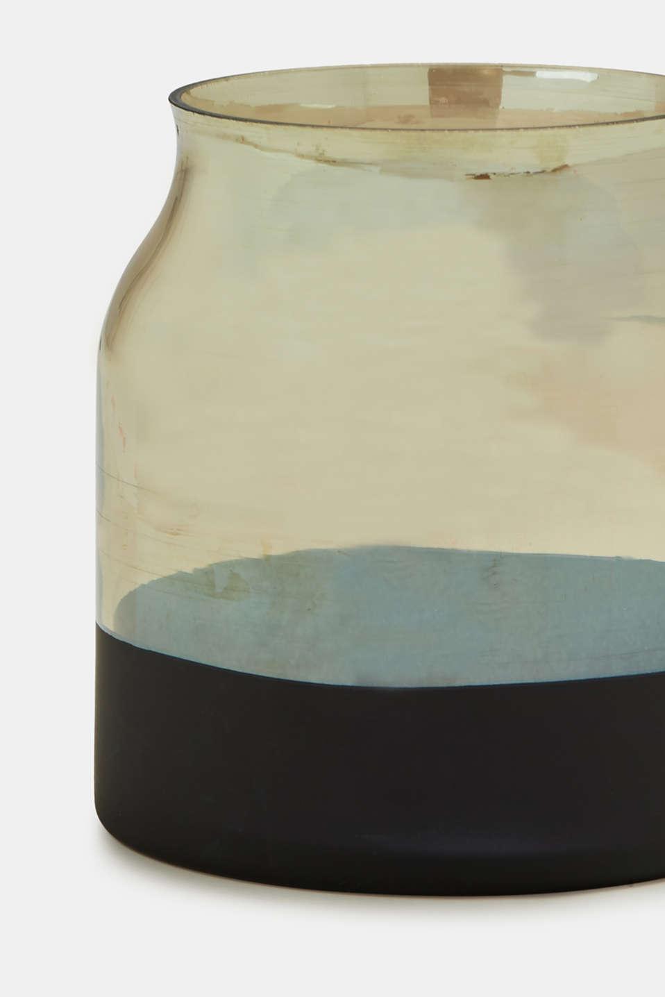 Vases, AMBER, detail image number 1
