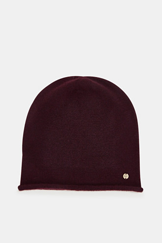 Beanie with a rolled edge
