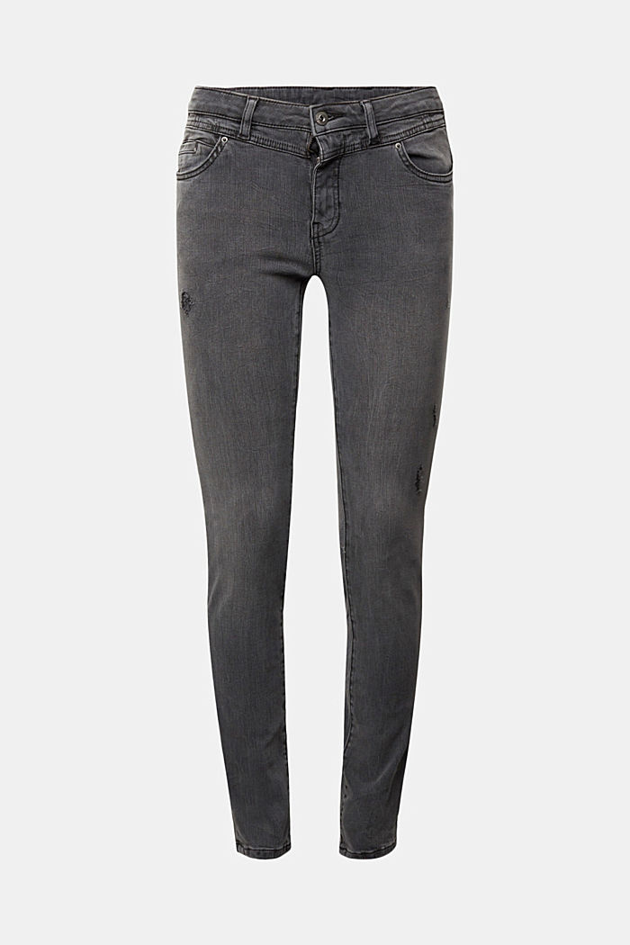 Figure flattering jeans with organic cotton