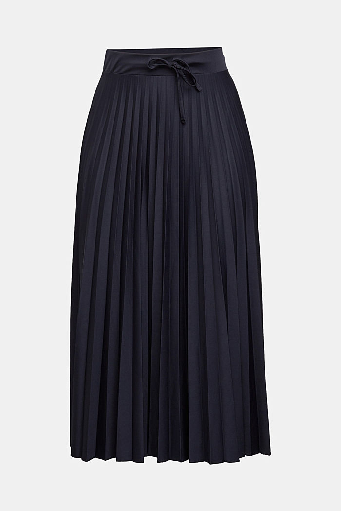 Pleated skirt with a drawstring waistband