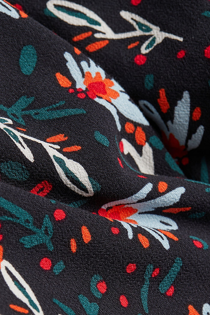 Slip-on blouse made of printed crêpe, BLACK, detail image number 4
