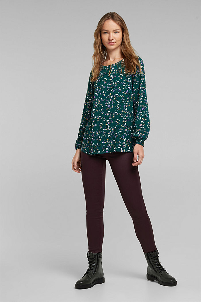 Blouse made of 100% LENZING™ ECOVERO™, DARK TEAL GREEN, detail image number 1