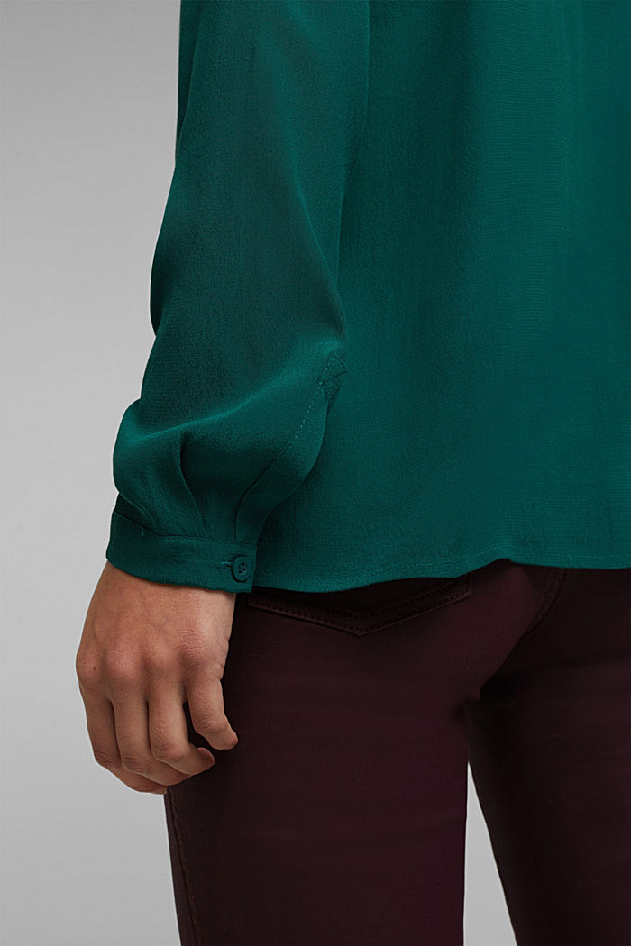 Blouse made from LENZING™ ECOVERO™, DARK TEAL GREEN, detail image number 2