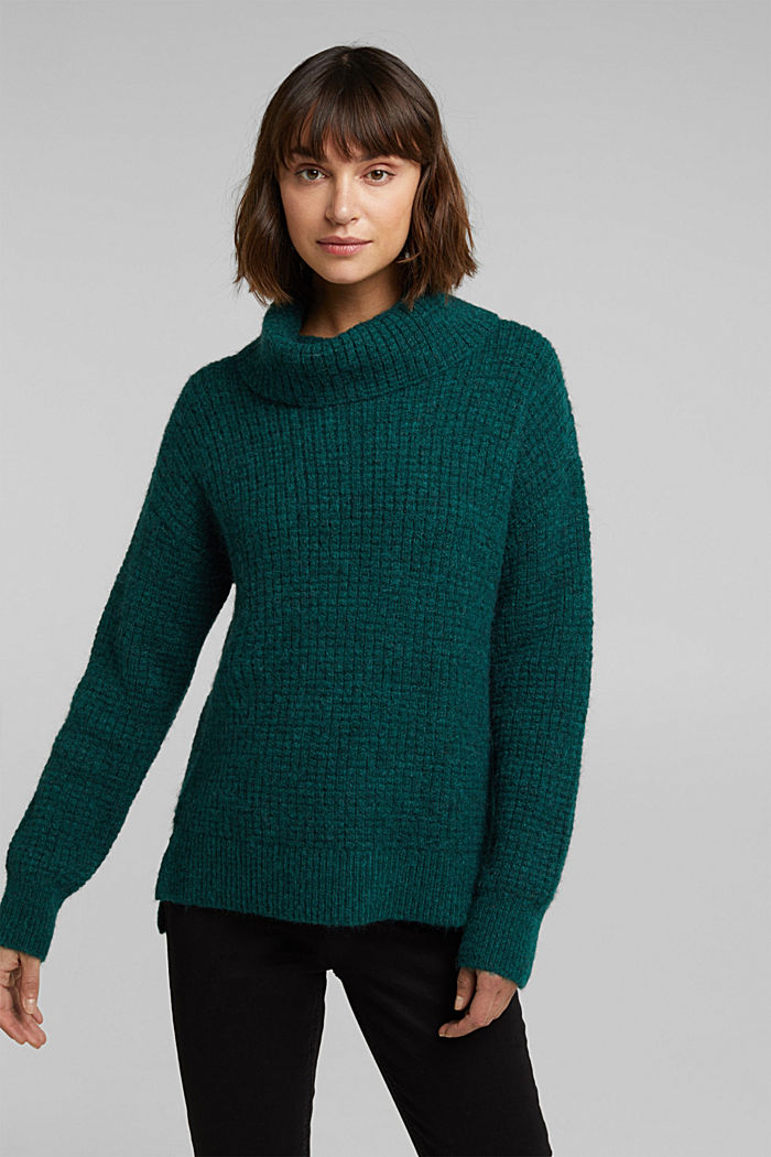 With wool/alpaca: Chunky knit polo neck