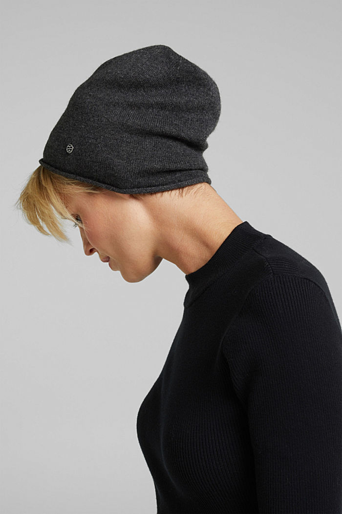 With cashmere: wool blend beanie, DARK GREY, detail image number 2