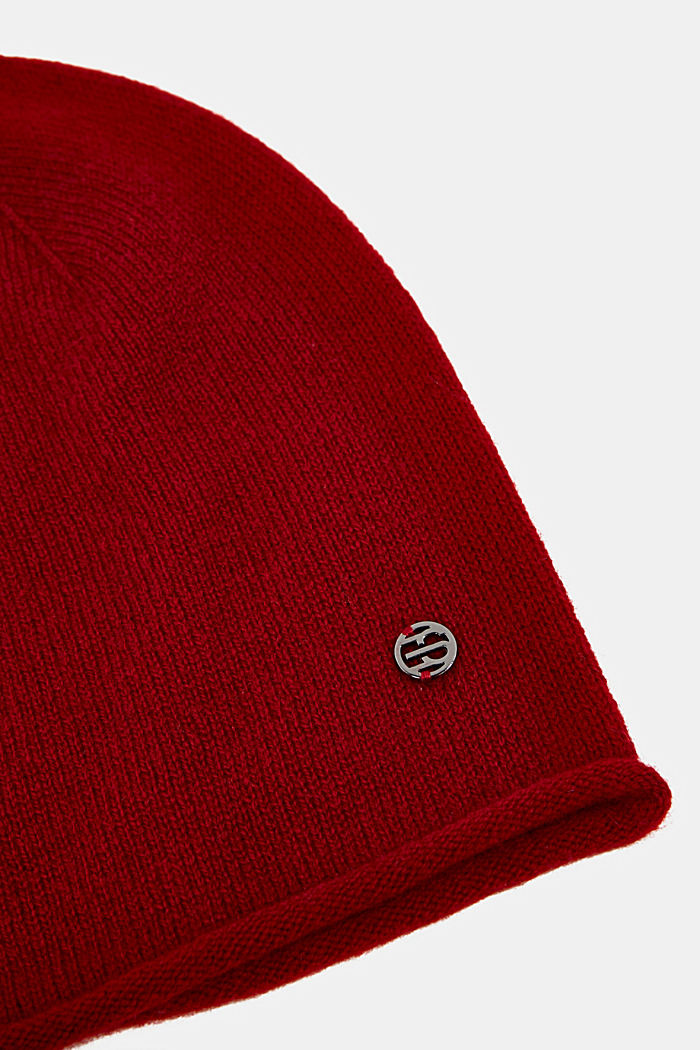 With cashmere: wool blend beanie, RED, detail image number 1