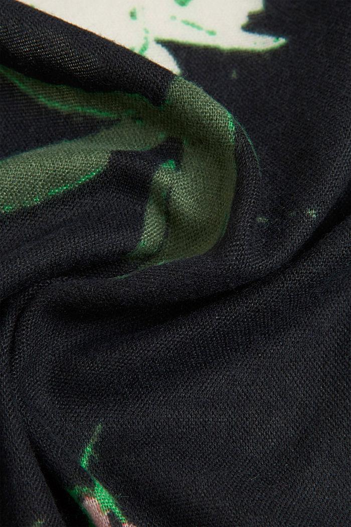 Recycelt: Square-Schal mit Blumen-Muster, BLACK, detail image number 2