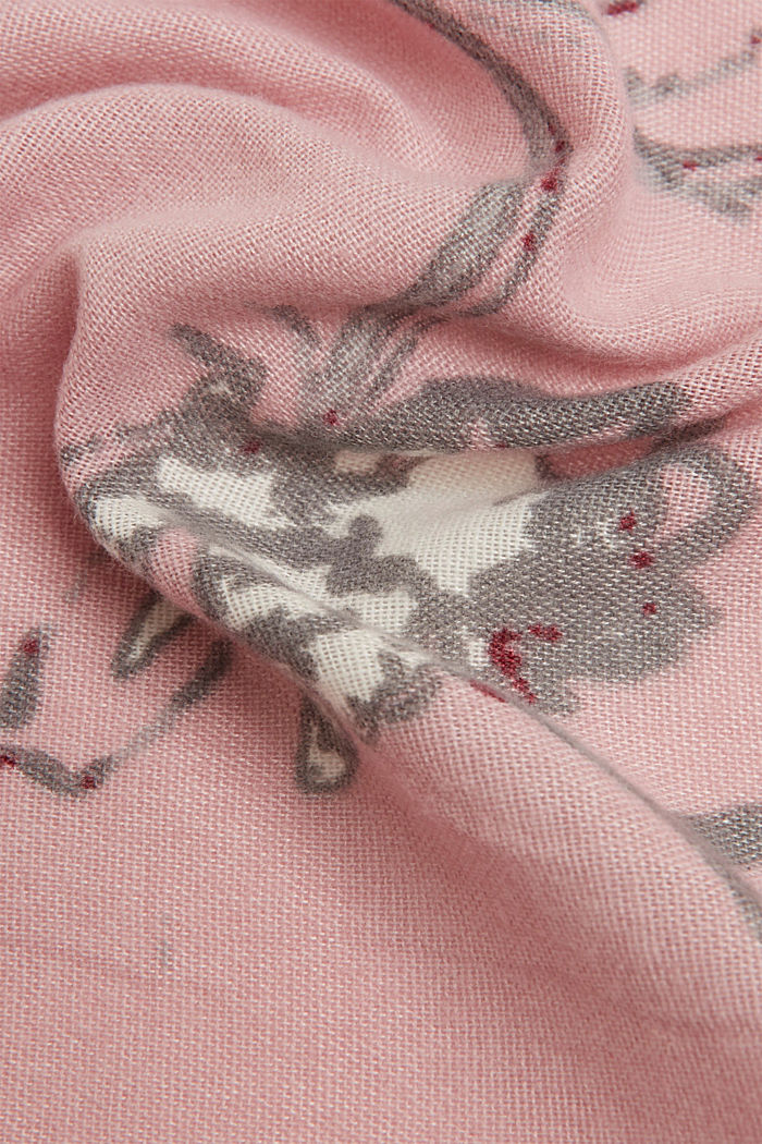Recycled: square scarf with a floral pattern, NUDE, detail image number 2