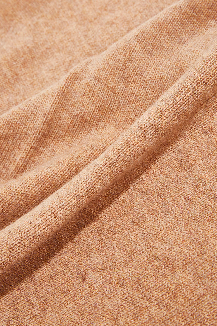 With cashmere: blended wool scarf, CAMEL, detail image number 2