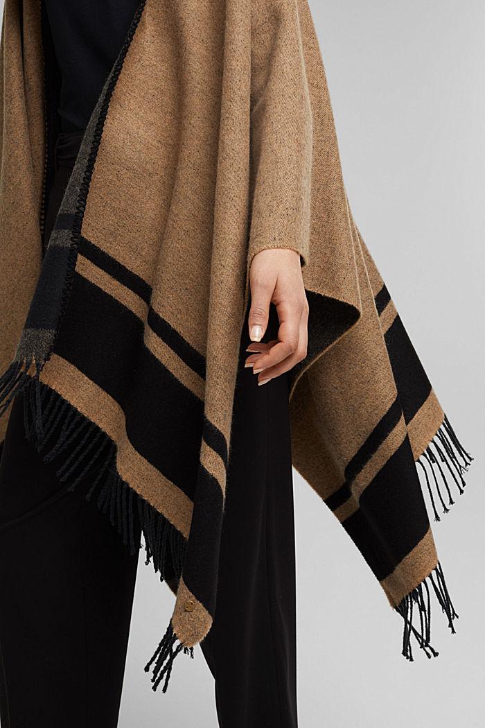 Shawls/Scarves, CAMEL, detail image number 3