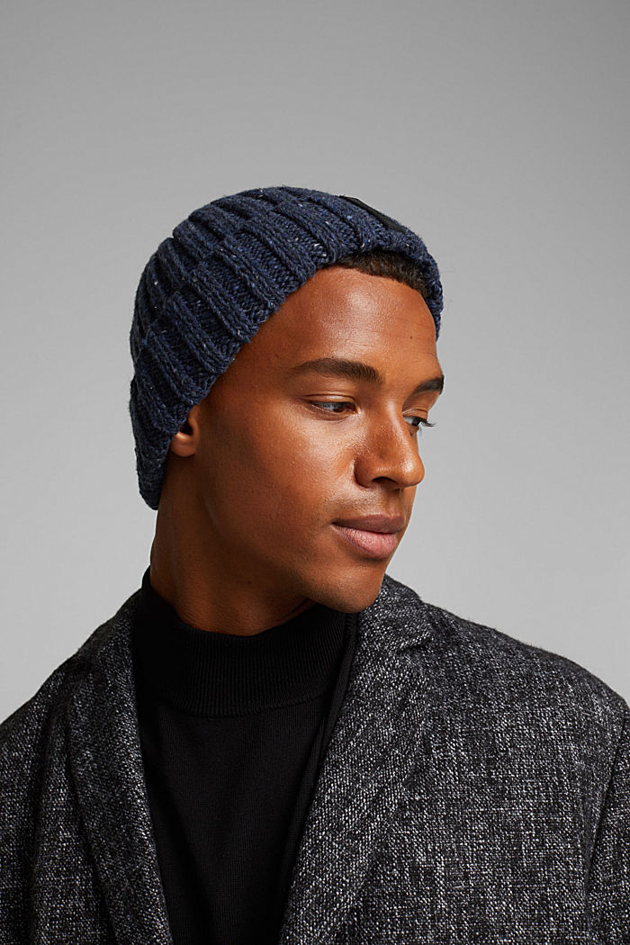 Knitted hat with wool and alpaca