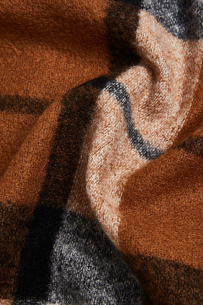 Recycled woven scarf with a check pattern, TOFFEE, detail image number 2