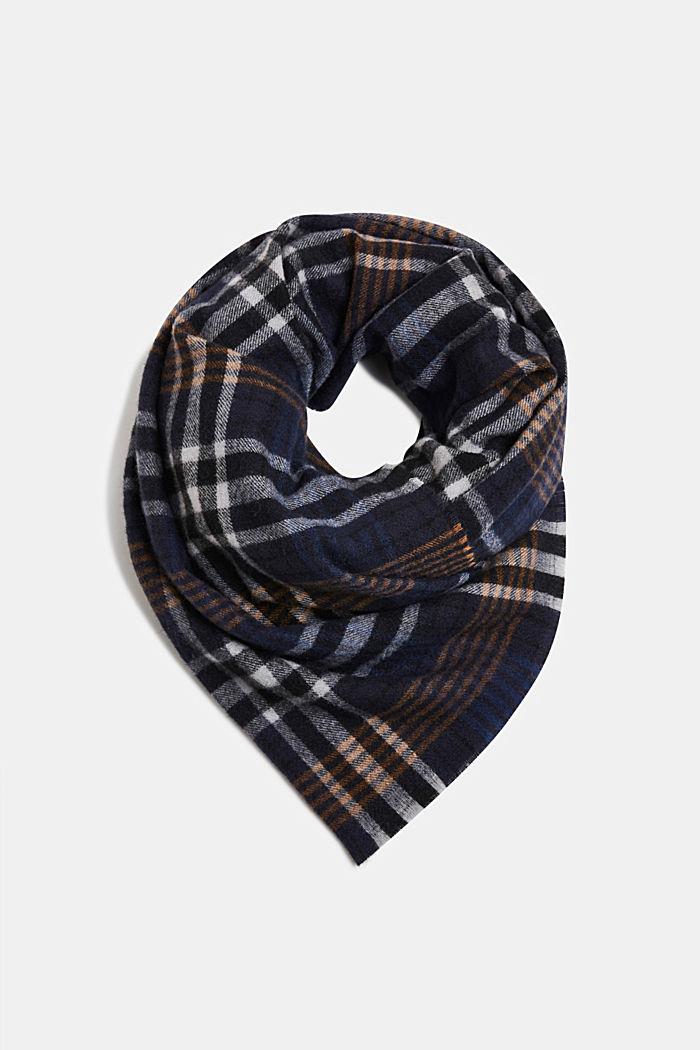 Recycelt: Web-Schal mit Karo-Muster