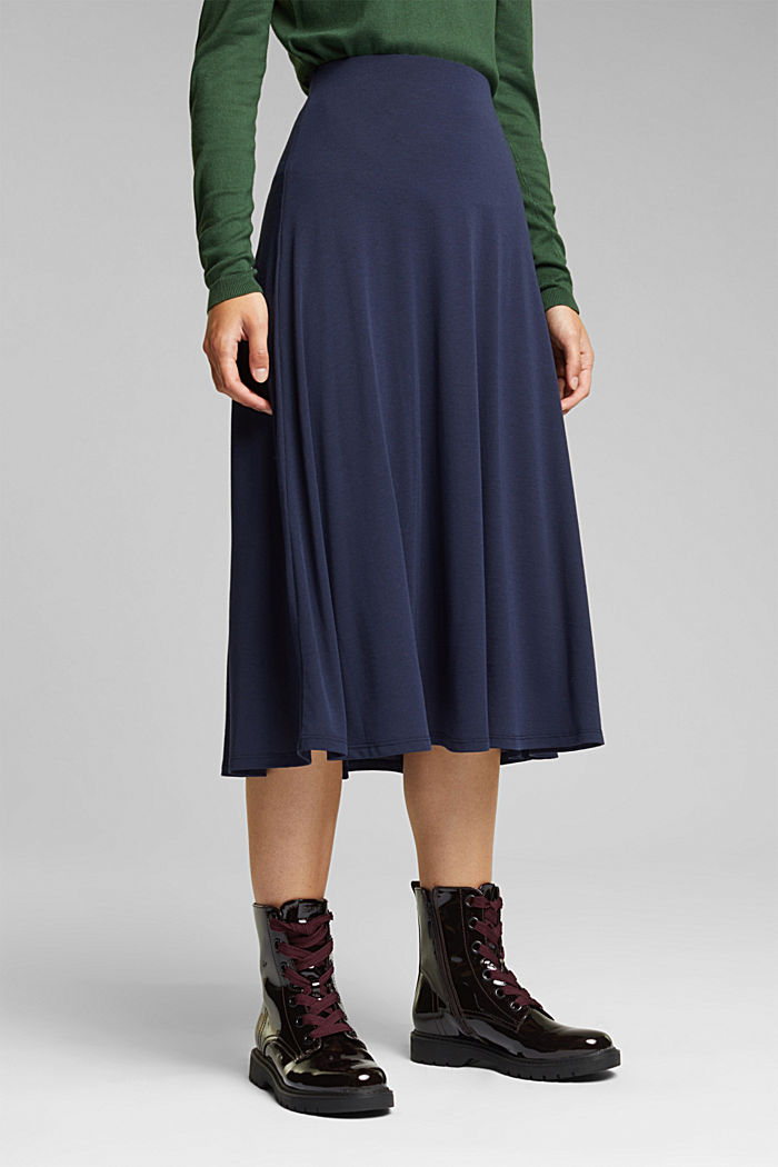 Flowing, midi length jersey skirt
