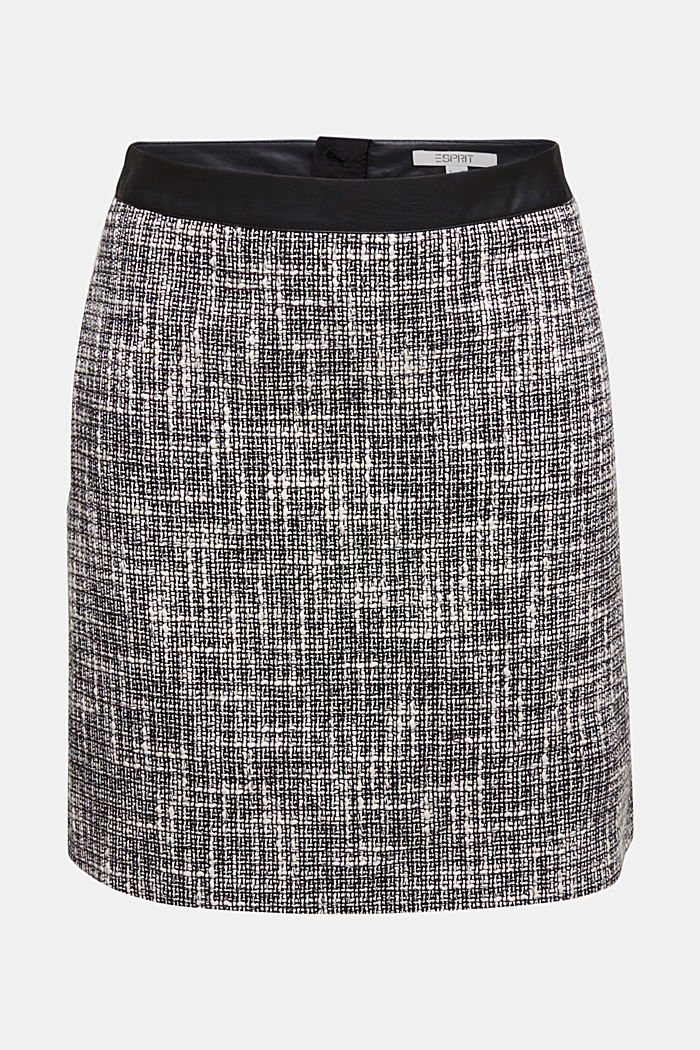 Bouclé skirt with a faux leather waistband