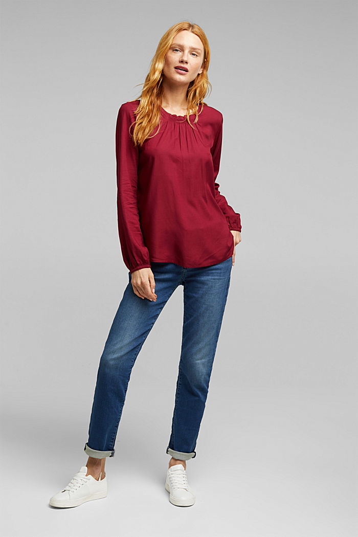 Blouse made of 100% LENZING™ ECOVERO™, BORDEAUX RED, detail image number 1