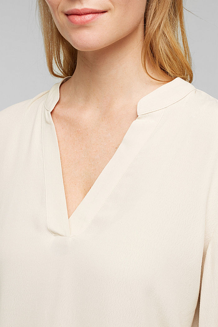 Blouse made from LENZING™ ECOVERO™, CREAM BEIGE, detail image number 2