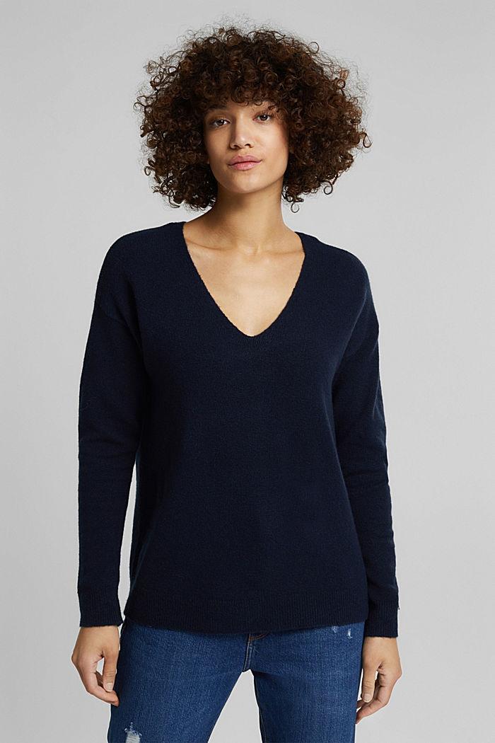 Wool blend: Jumper with a V-neckline, NAVY, detail image number 0