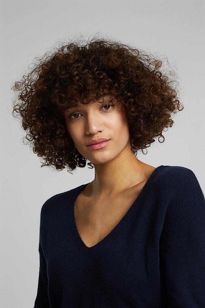 Wool blend: Jumper with a V-neckline, NAVY, detail image number 6